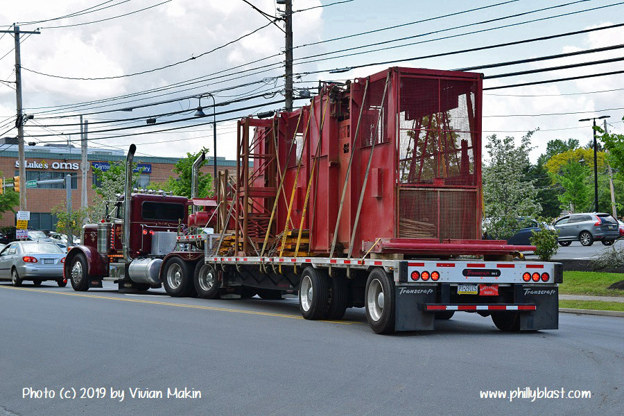 Construction elevator cars