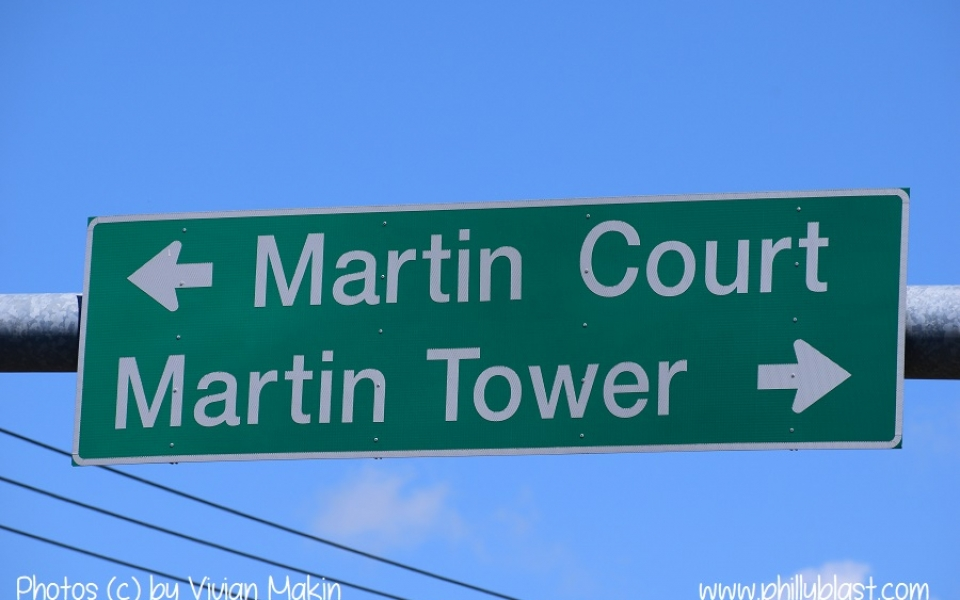 Traffic light sign still points to Martin Tower in spite of the building having been demolished